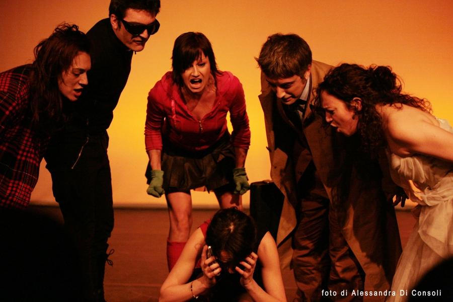 ilinx_teatro